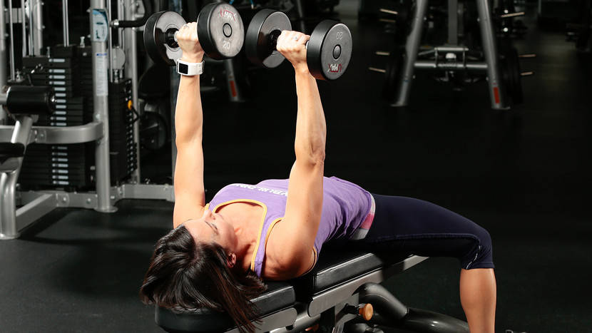 3 Ways to Use the Bench with Dumbbells in Your Chest Workout